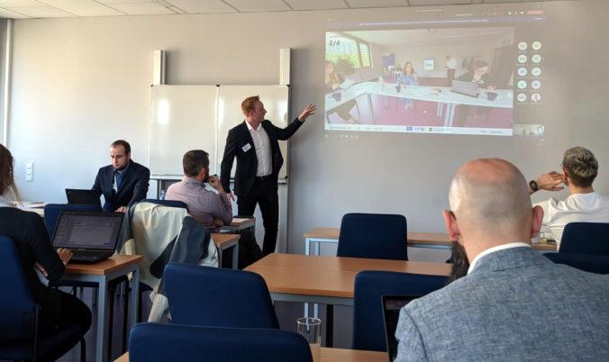 Präsentation des virtuellen 360-Grad-Lernraums auf der GeNeMe 2021